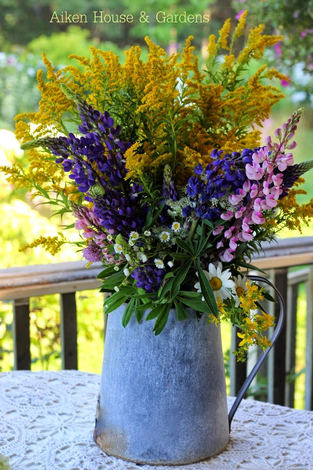 Aiken House Amp Gardens Late Summer Bouquets Gifty Gardener Items Front Porch Flowers Garden