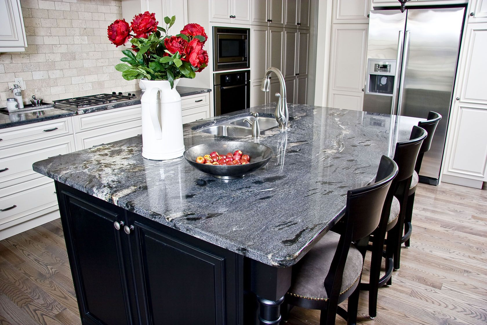 Best Cosmic Black Granite Countertops | For the Home | Pinterest