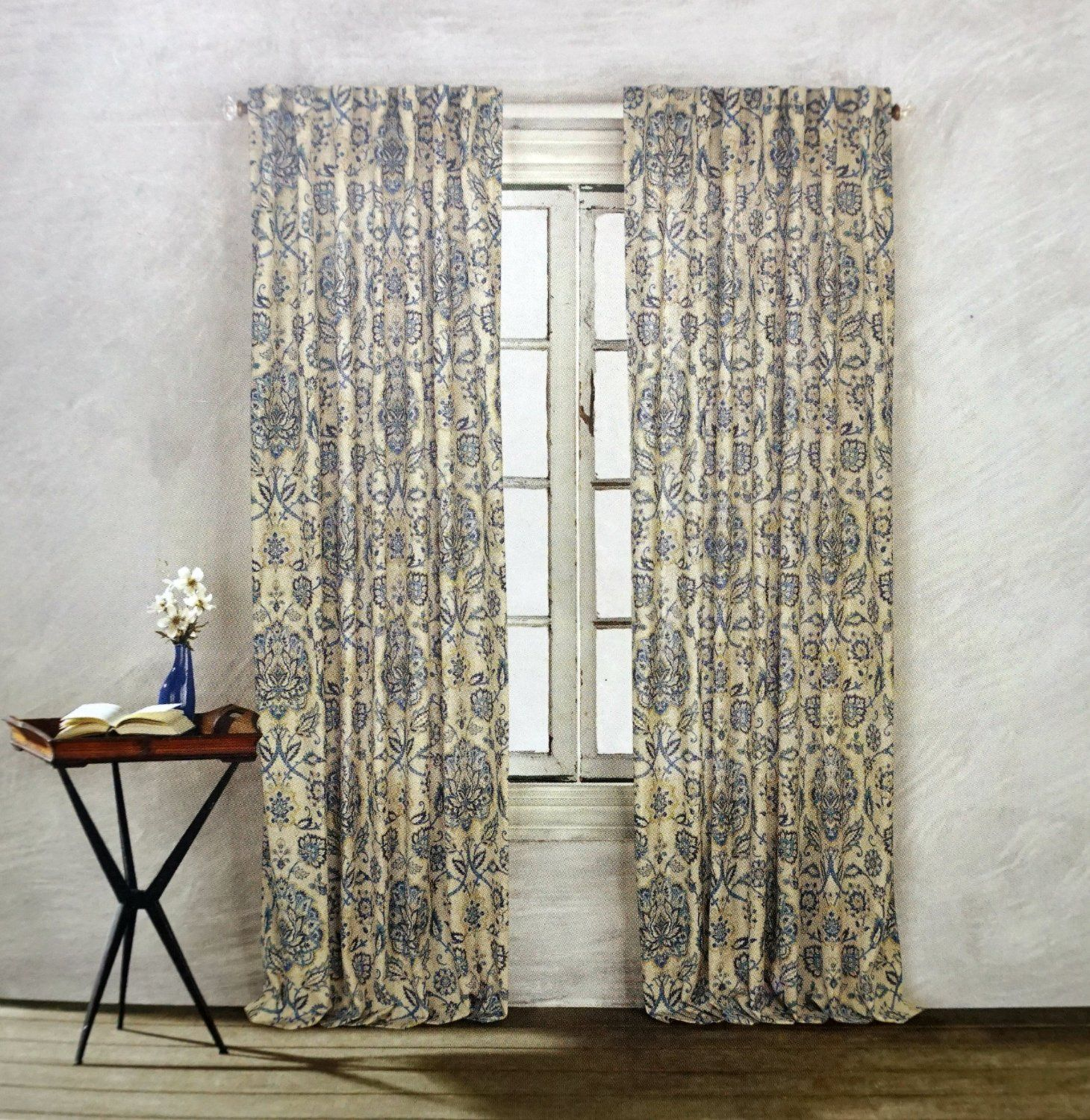 Amazon Com Cynthia Rowley Floral Paisley Scrolls Window Panels 52 By 96 Inch Set Of 2 Floral Paisley Scrolls Linen Wind Curtains Window Panels Window Curtains