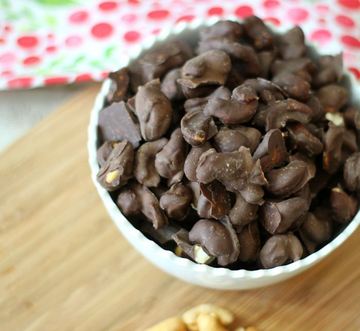 Dark Chocolate Covered Cashews Sundaysupper Pb P Design Recipe Food Cacao Recipes Chocolate Covered