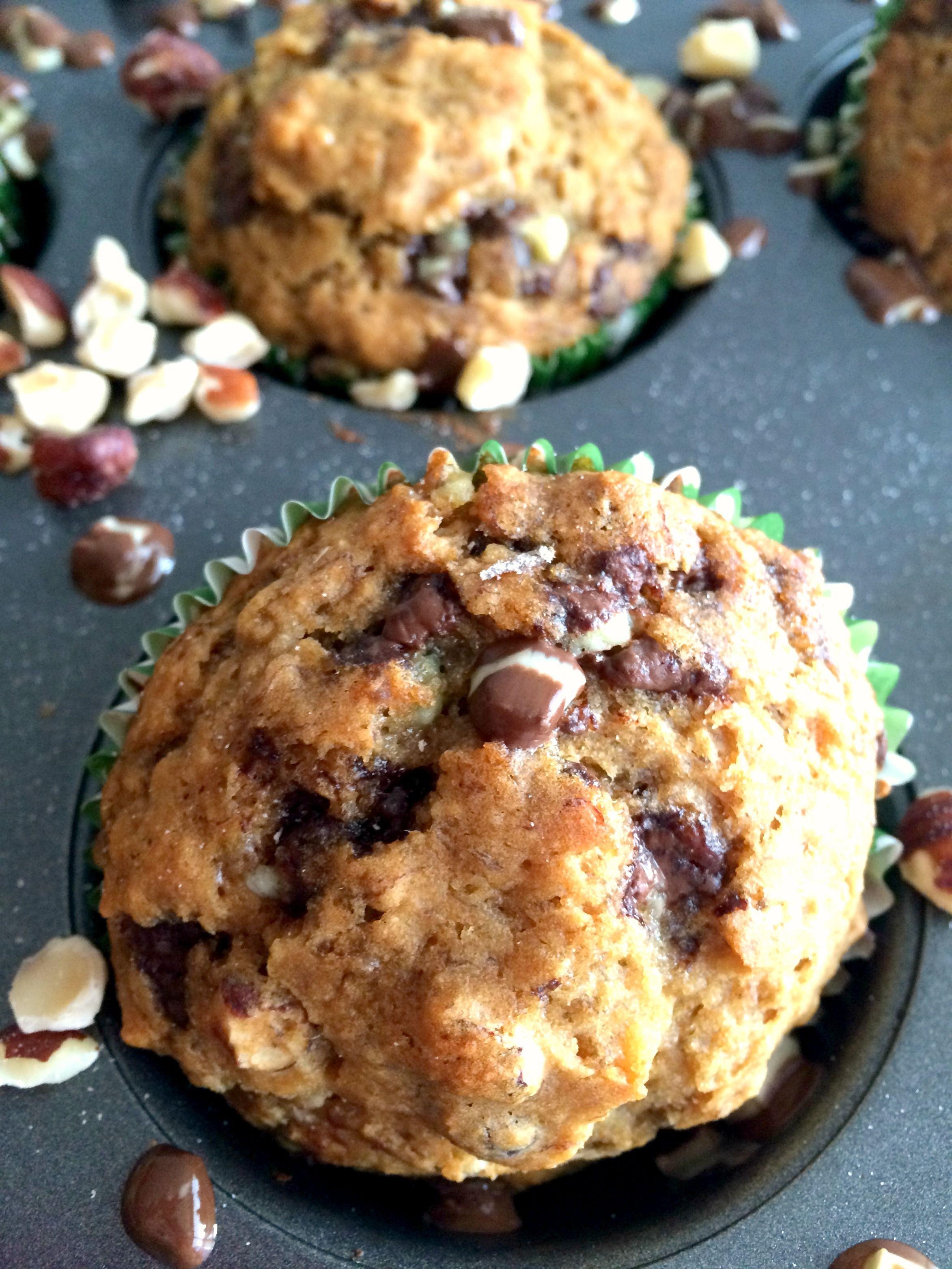 mint-hazelnut-muffins