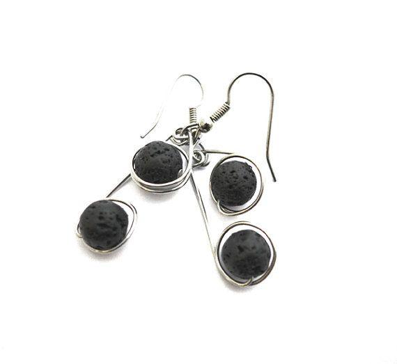 SIMPLICITY lava stone earrings black lava stones door deBATjes