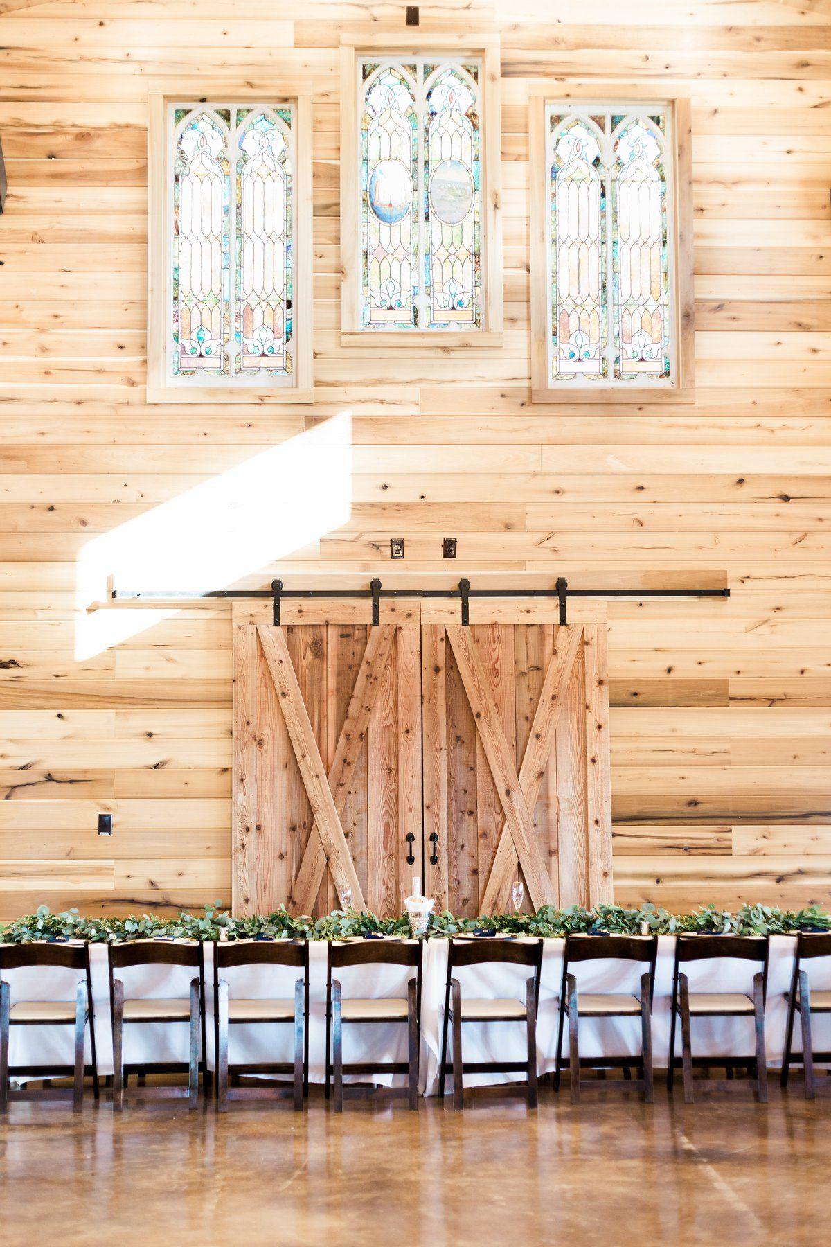 Barn Wedding Venues Barn wedding venue, Wedding venues