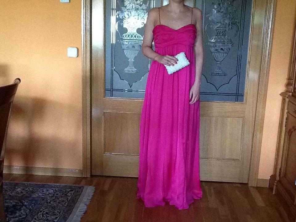 Se vende este precioso vestido joya del diseñador Antonio Pernas. Es ...