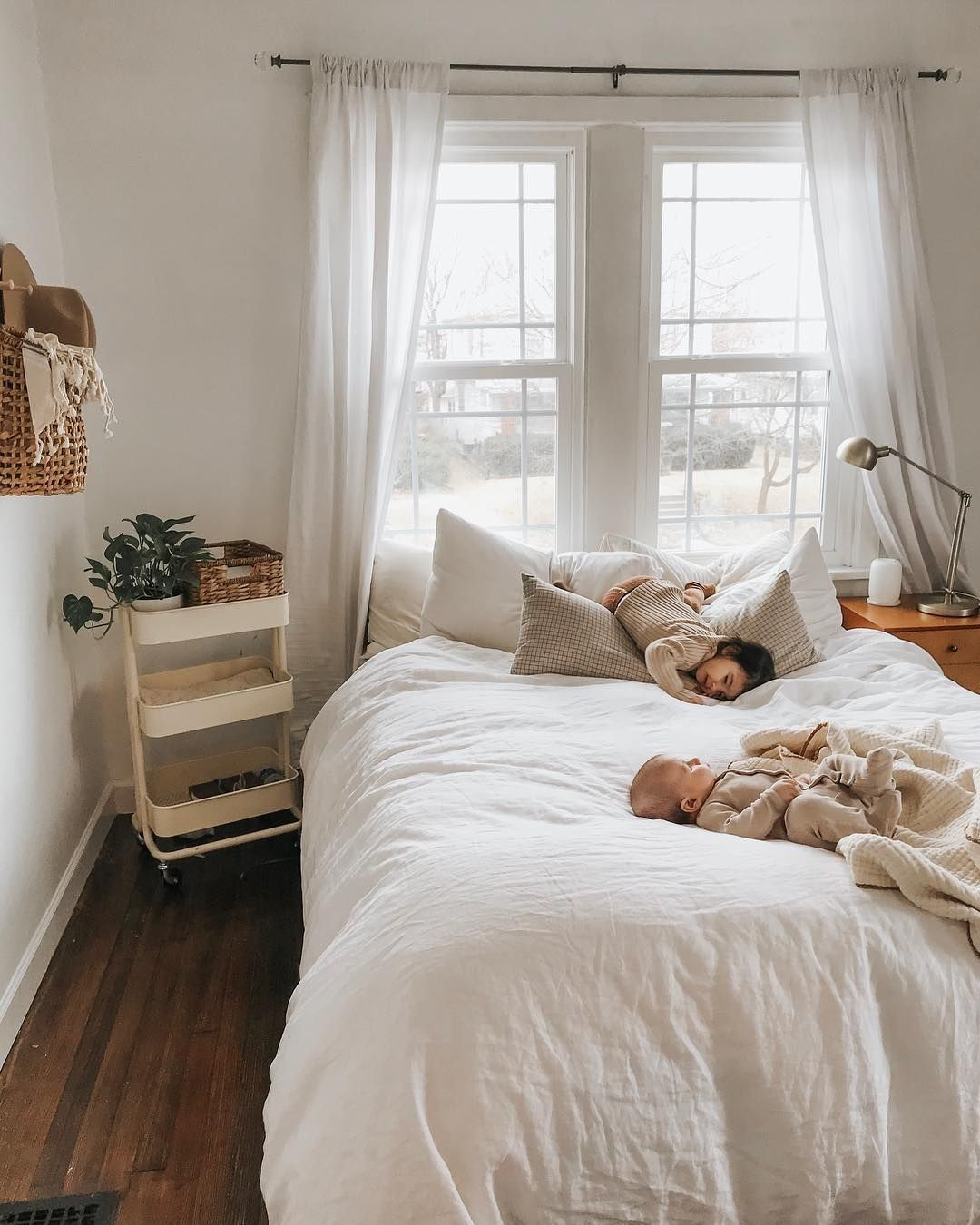 """Elyse N. Dean on Instagram: """"Sorry if you get tired of seeing my bedroom. It's literally where we spend 80% of our day. There's no TV in here so Koven doesn't ask for a…"""" -  pinterest callie ; instagram callie  - #bedroom #Day #Dean #doesnt #elyse #instagram #Koven #linenbedideas #literally #minimalistbedroommen #seeing #sorry #spend #tired"""