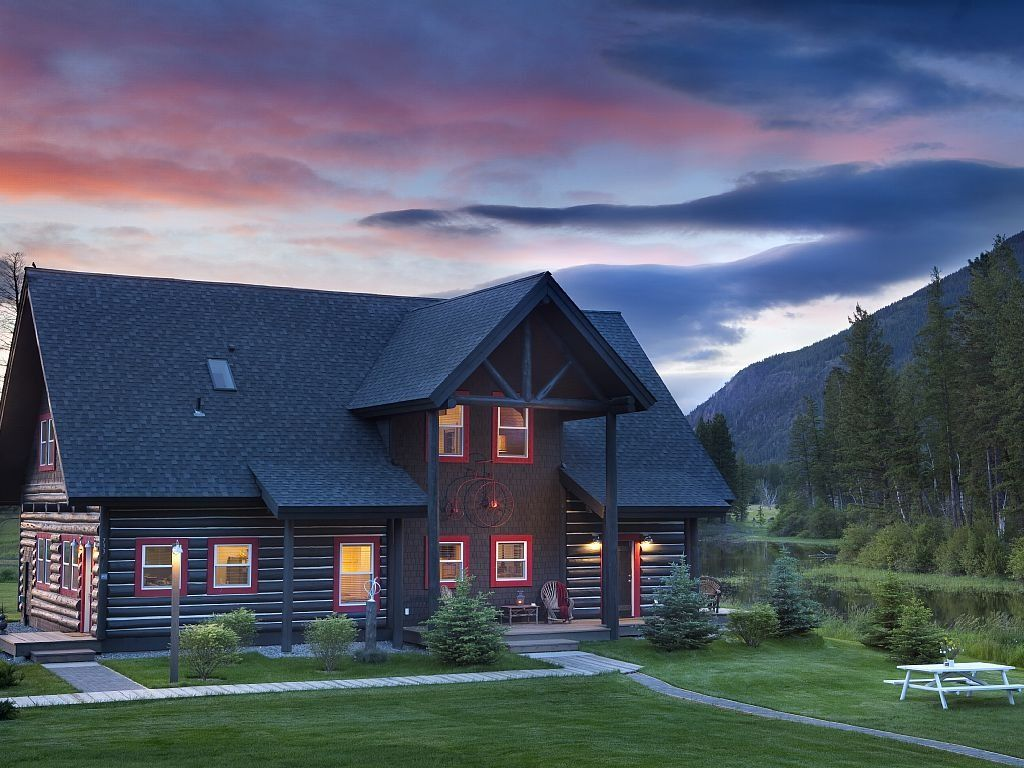 rent cabins star rentals by of five for whitefish montana vacation
