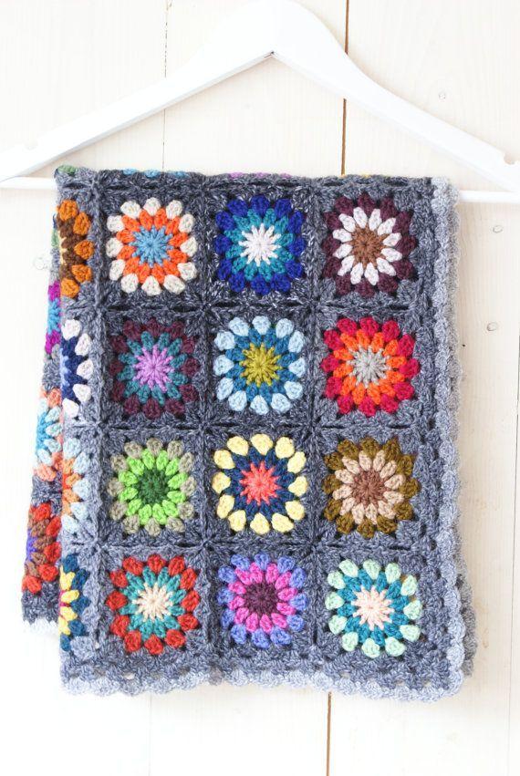 Petite Granny Square Blanket No 3 | Pinterest | Großmutterdecekn und ...