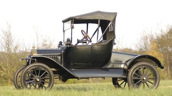 1915 Ford Model T Roadster Ford Models Ford Classic Cars Model T
