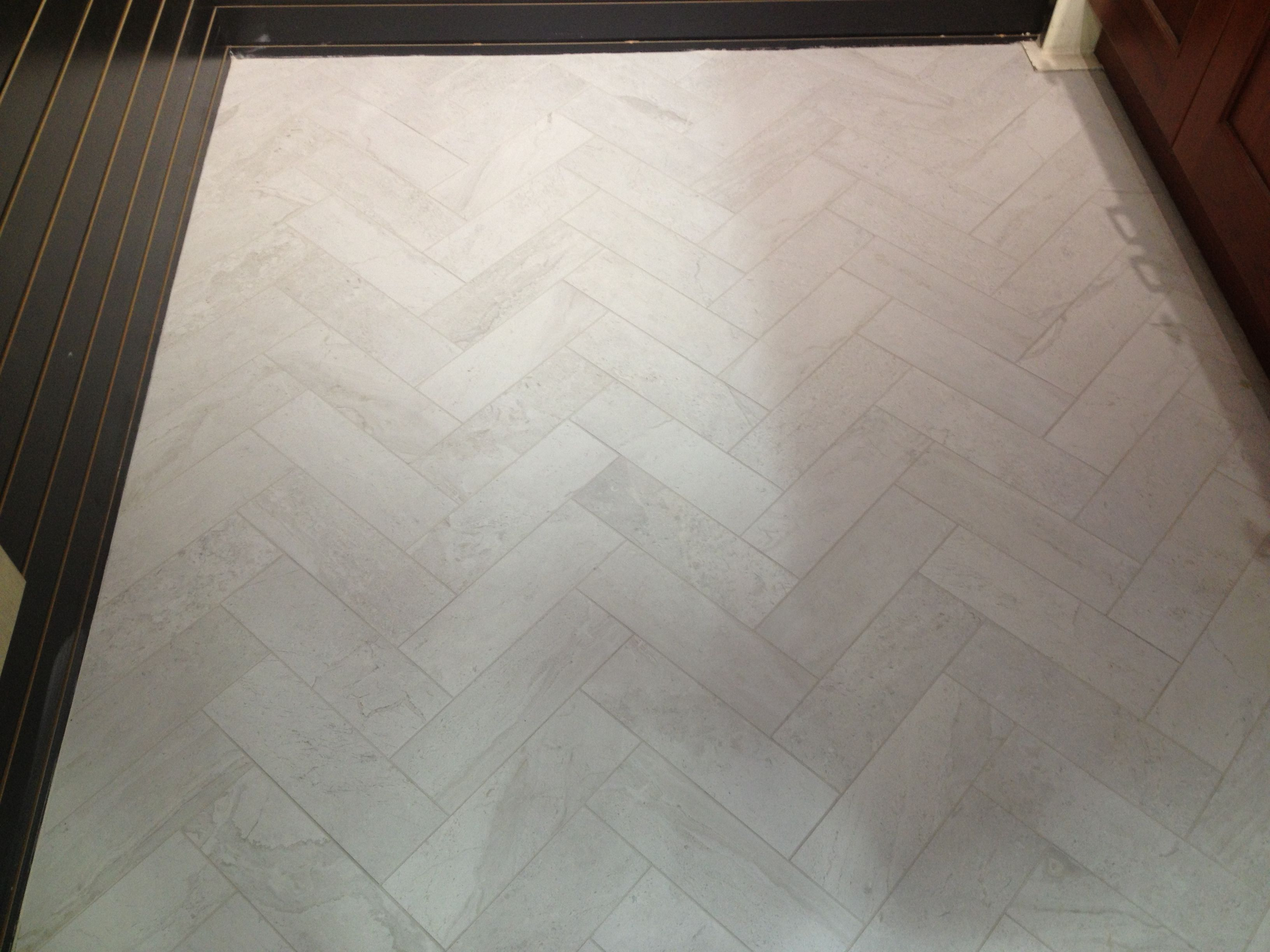 4x12 Herringbone Tile Floor