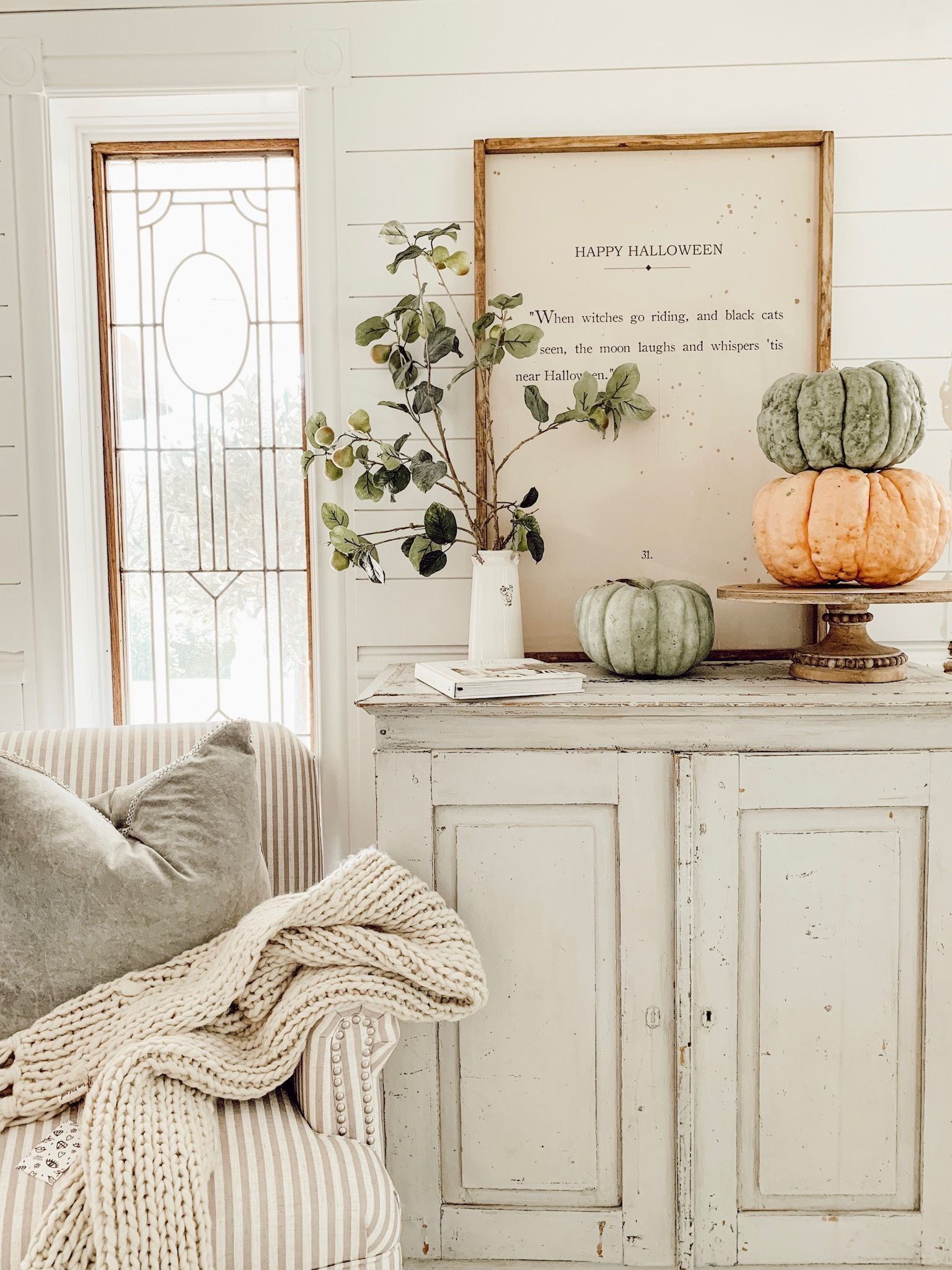Photo of Cozy Fall Reading Corner