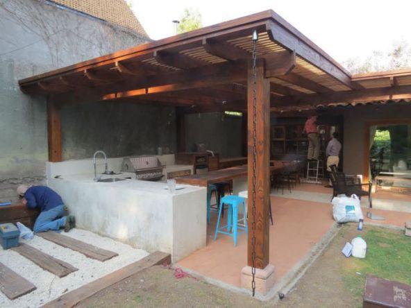 Como construir uma varanda com churrasqueira no quintal for Muro de separacion terraza