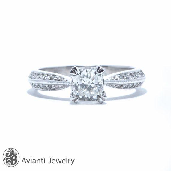 Engagement Ring Round Cut Accent Diamond Ring Diamond Engagement