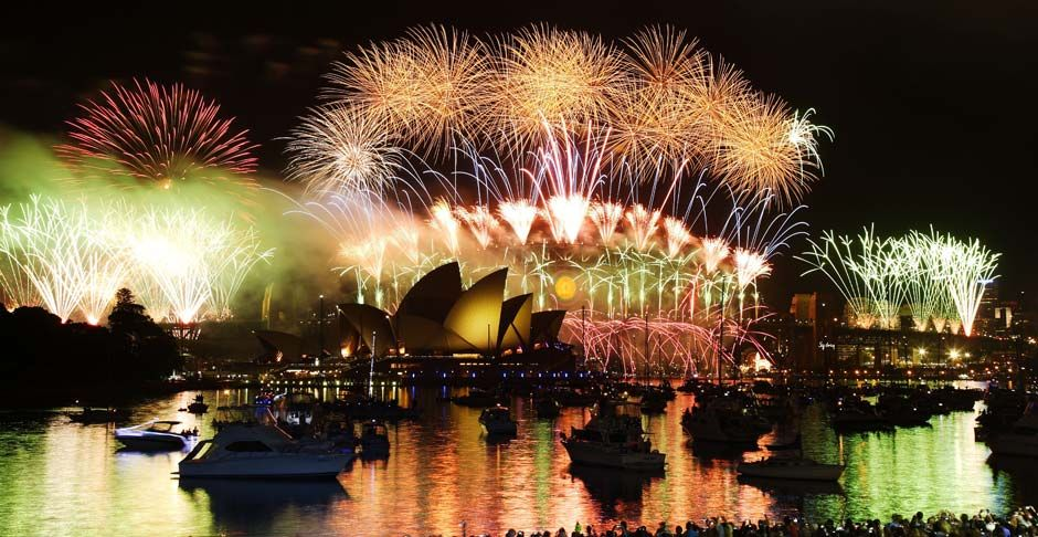 Afar Com Highlight A New Year In Sydney By Cass Megraw New Year S Eve Around The World New Years Eve Fireworks Fireworks