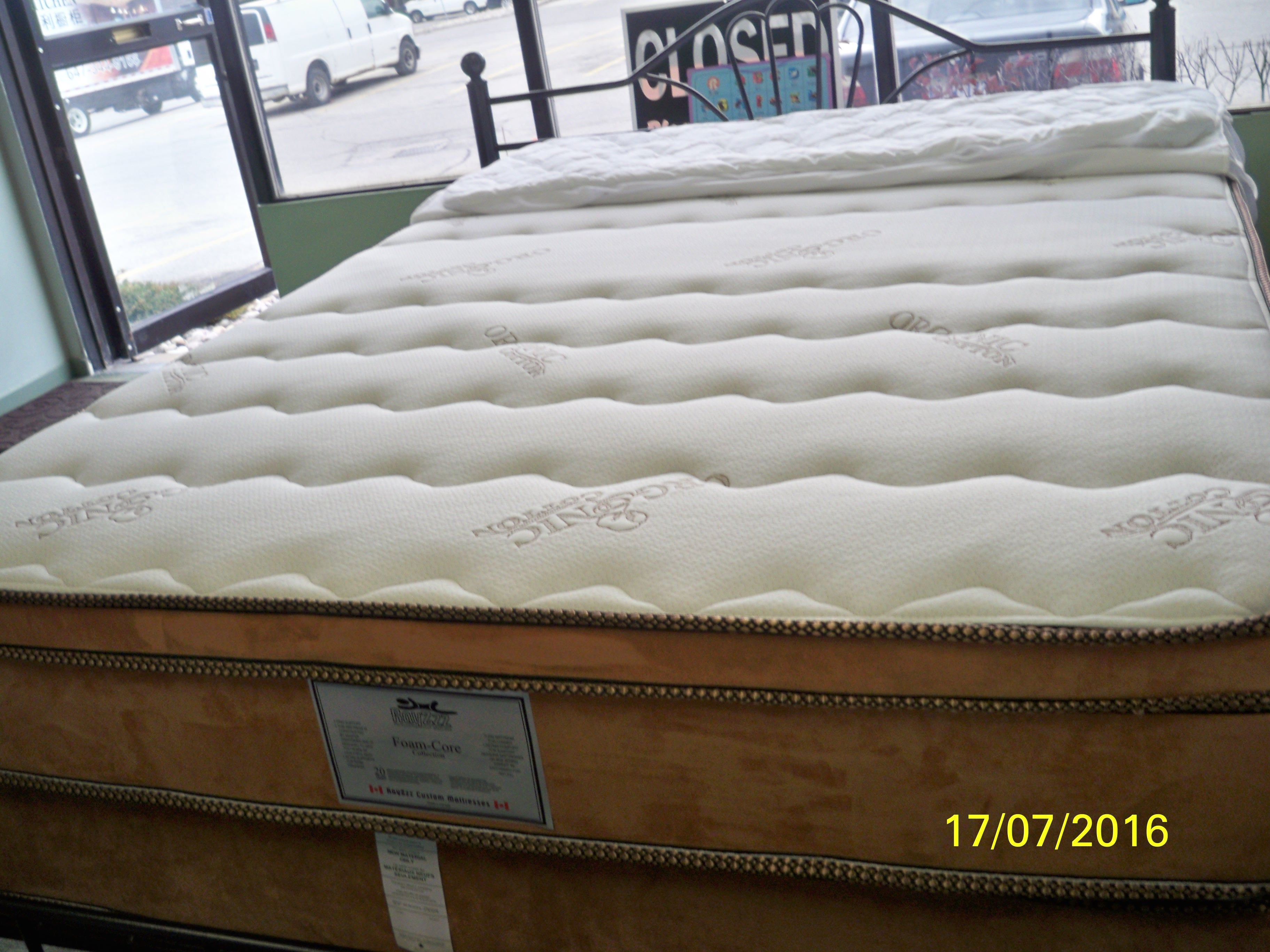 BUY MATTRESSES AND FURNITURE FROM RAYZzz CUSTOM MATTRESSES RAYZzz CUSTOM  MATTRESSES 31 PROGRESS AVE UNIT 24