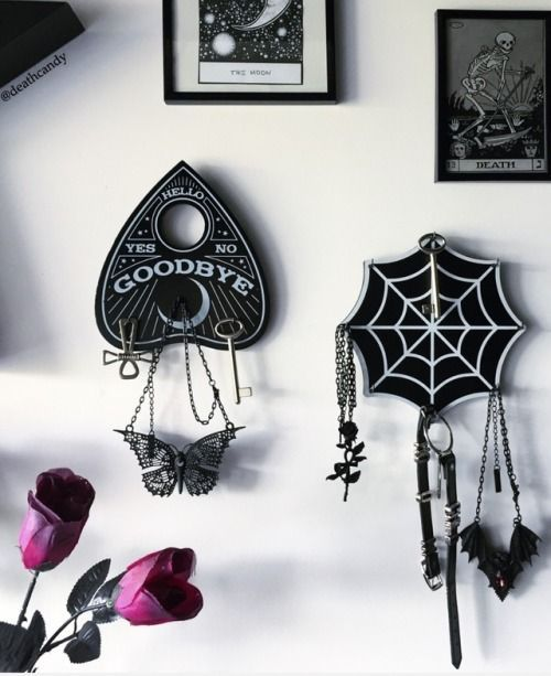 Photo of Goth home decor, Gothic bedroom, Goth home, Gothic home decor, Gothic house, Got…