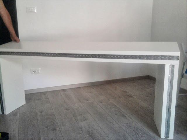 Malm Tavolo Consolle.Double It Malm Console Becomes A 10 People Table New Fish