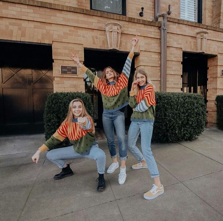 cheap for discount 1f0b8 bb35c Best collab ever (Emma Chamberlain, Summer McKeen and Marla Catherine)