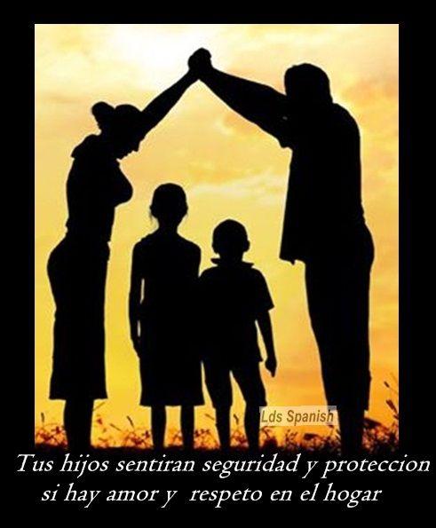 Hogar Seguro Y Feliz Ser Un Buen Padre Buen Padre Familia Orando