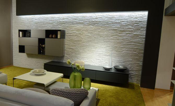Pareti attrezzate modulnova luci bathroom lighting for Idee pareti attrezzate