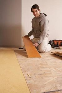 How Should You Stagger the Seam on a Laminate Floor?