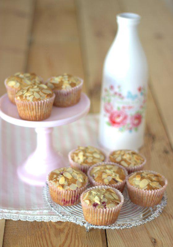 Raspberry_Vanilla Muffin