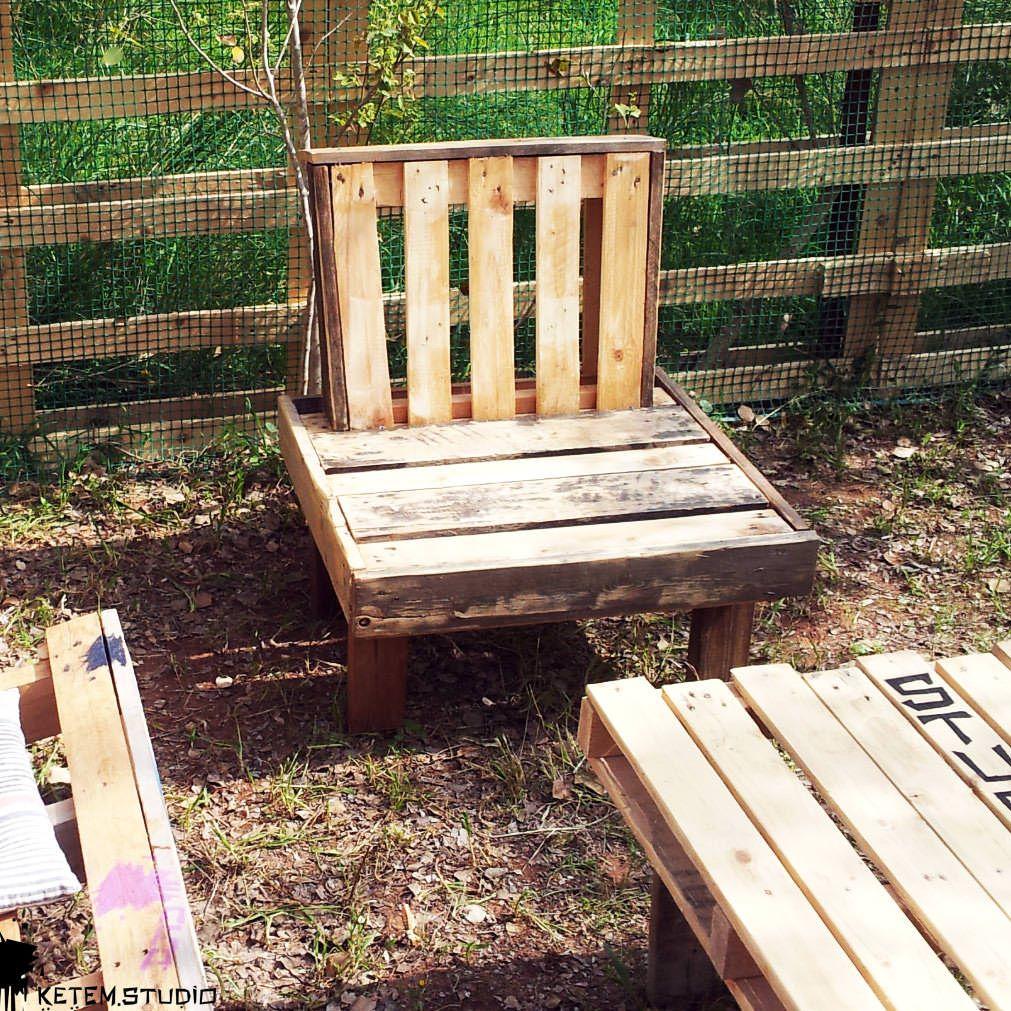 The Boss Garden Chair by Ketem Studio • 10 Pallets  Garden