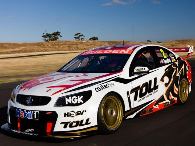 Holden Reveals New Vf Commodore V8 Supercar Super Cars Holden Race Cars
