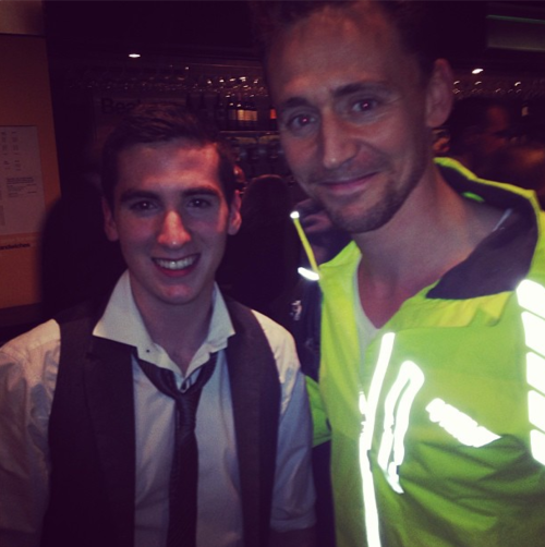 HIGHLIGHTER TOM. notclosenough: morelikehiddlestunning: bradderrrrs: Soooooo Loki's in the building :D I'd love to have a tour into his c...