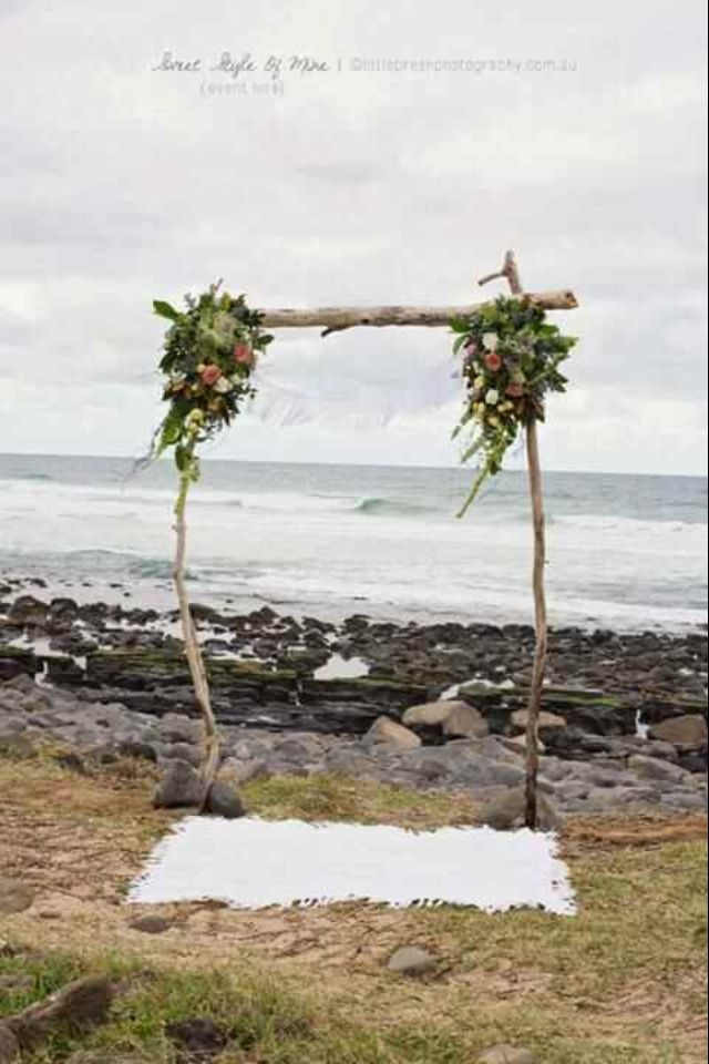 Boho wedding ... Wedding ideas for brides, grooms, parents & planners ... https://itunes.apple.com/us/app/the-gold-wedding-planner/id498112599?ls=1=8  ... The Gold Wedding Planner iPhone App.