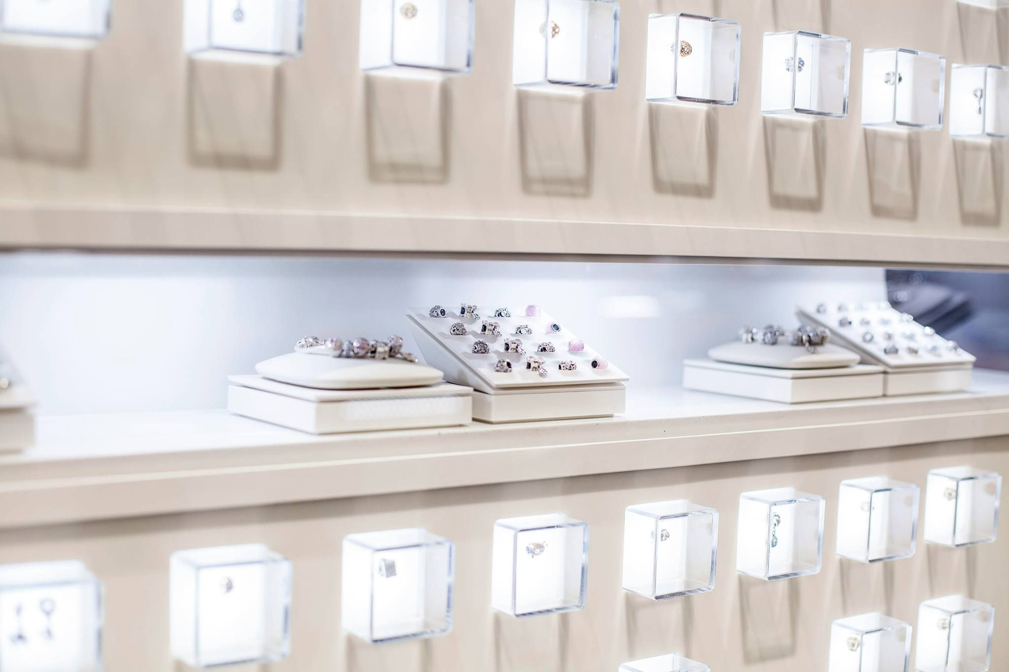 4e4522a29 Retailers should aim at lighting the most important products in their stores.  But if your PANDORA at the Westfield World Trade Center, that's every item!