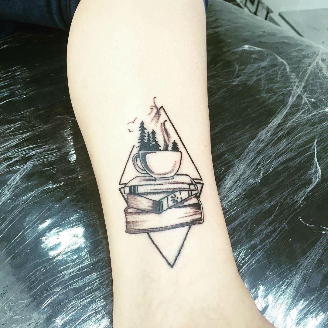 Photo of 20+ Exceptional Book Tattoo Ideas