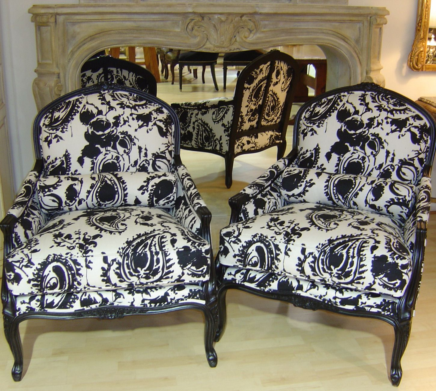 Exceptional LOVE These Ralph Lauren Chairs In His Fabulous Annelise Paisley.Black And  White
