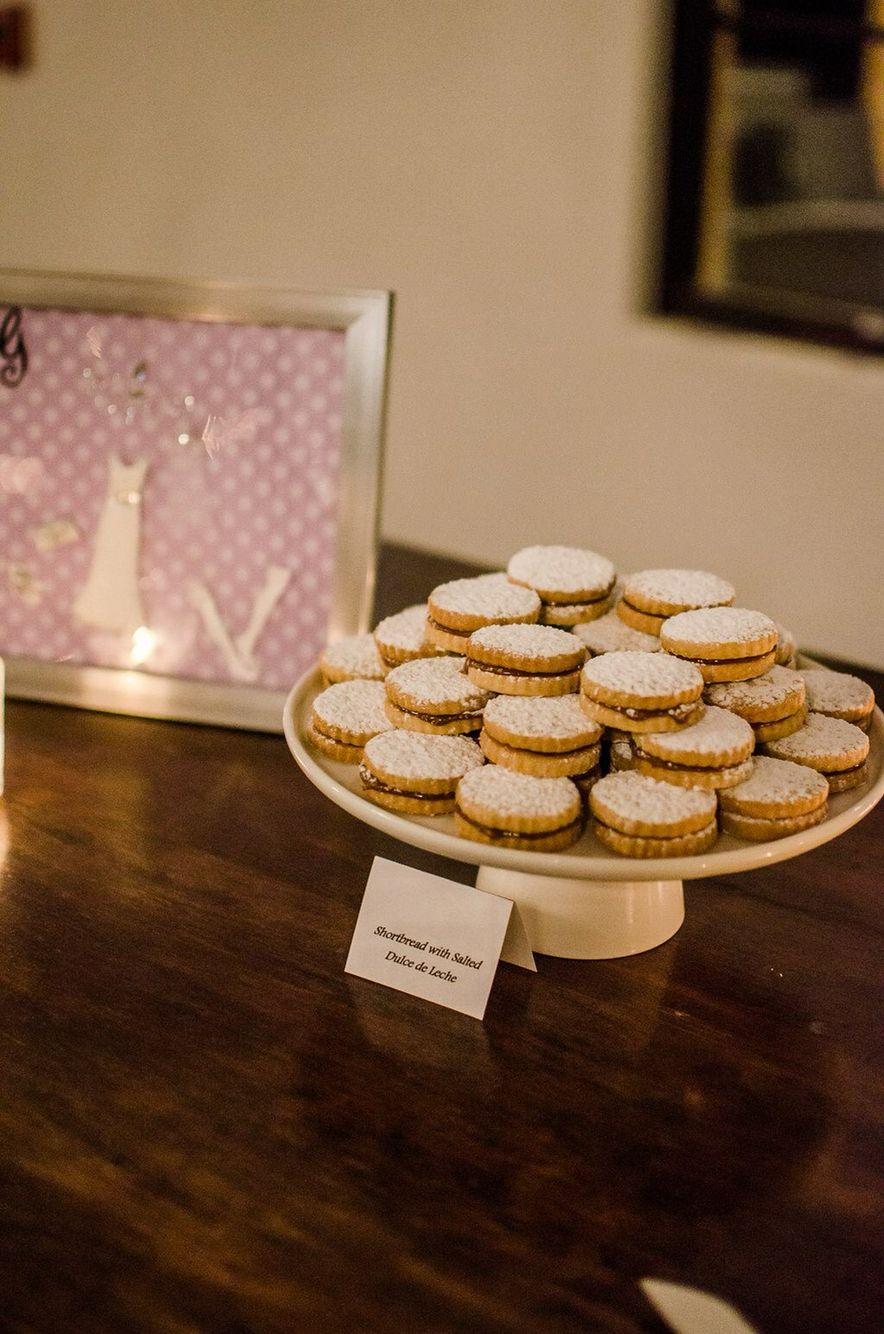 Wedding dolce de lece shortbread cookies
