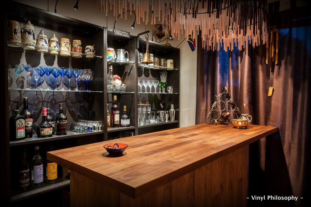 DIY Home Bar built from BILLY bookcases   Ikea hackers, Bar and ...