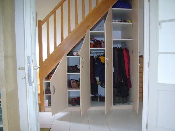 Placard Sous Escalier Portes Battantes Beige Meuble Sous