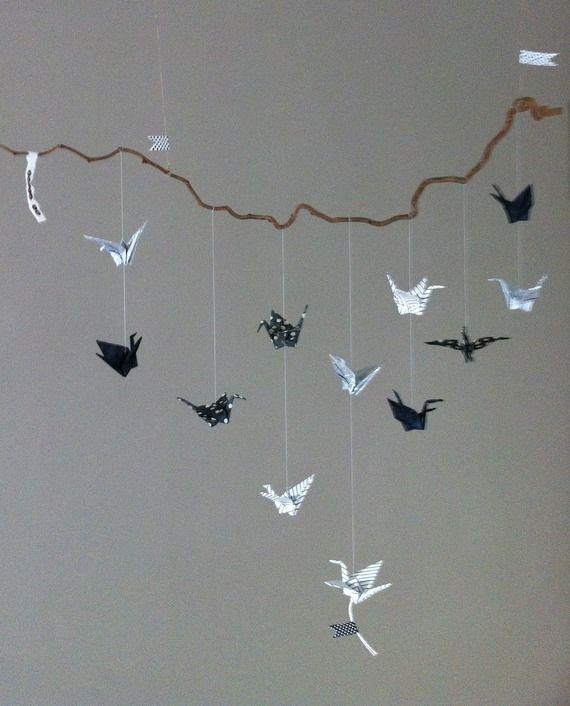 mobile origami grues pour decoration chambre enfant campanadas pinterest. Black Bedroom Furniture Sets. Home Design Ideas