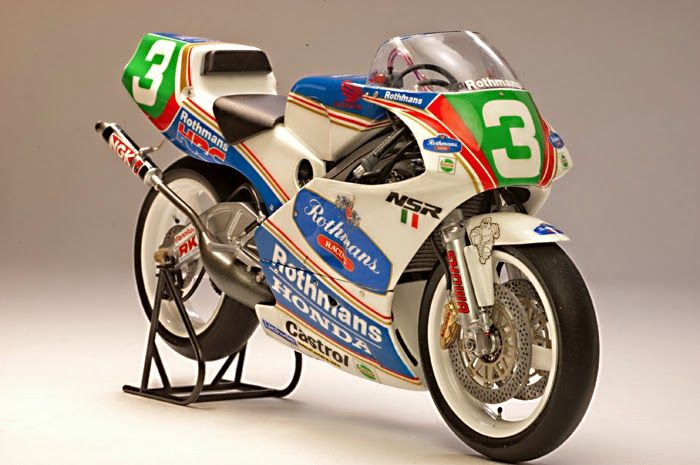 Racing Scale Models: Honda NSR 250 L.Cadalora 1991 by Utage Factory Hou...
