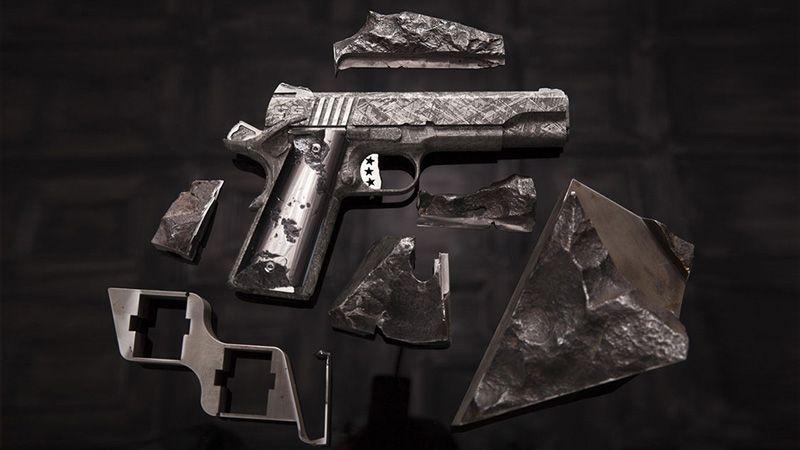 Pistole ze vzácného meteoritu jsou na prodej, stojí ale přes sto miliónů– Novinky.cz