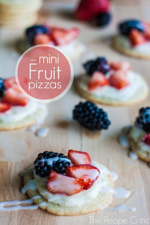 Mini Fruit Pizzas at https://therecipecritic.com  Delicious and amazing mini fruit pizzas that are so cute for the 4th!