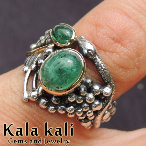Natural Emerald Set in 18K Gold on a Hand Crafted by KalaKali, €480.00