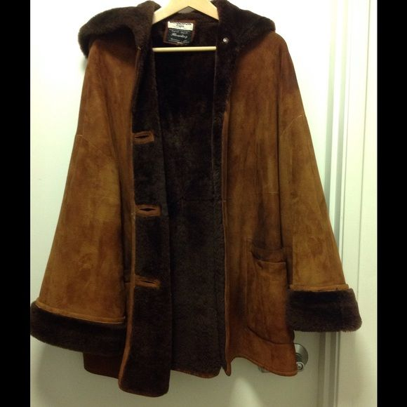 Pre-owned SHEEPSKIN/SHEARLING coat Size P ITALY | Professional ...