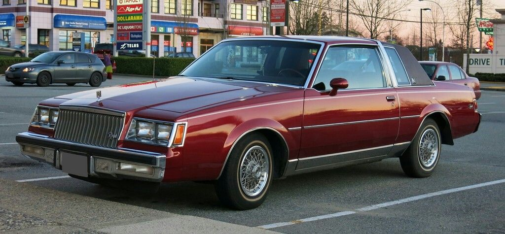1983 buick regal limited coupe... Very nice