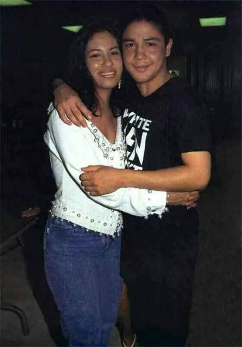 Selena Quintanilla And Ex Husband Chris Perez Selena Quintanilla Selena Quintanilla Perez Selena And Chris