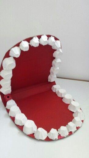 Boca de cartón para trabajar higiene dental, cepillado, dientes ...