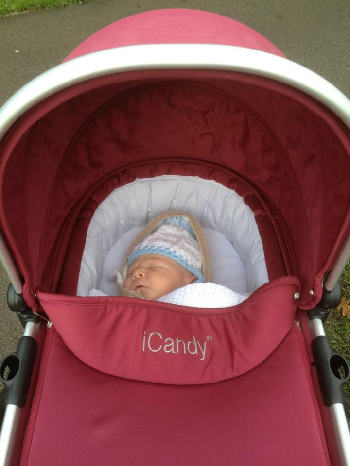 So cute! Thank you Vicky Holding for sharing this adorable photo of Baby Harvey with us!