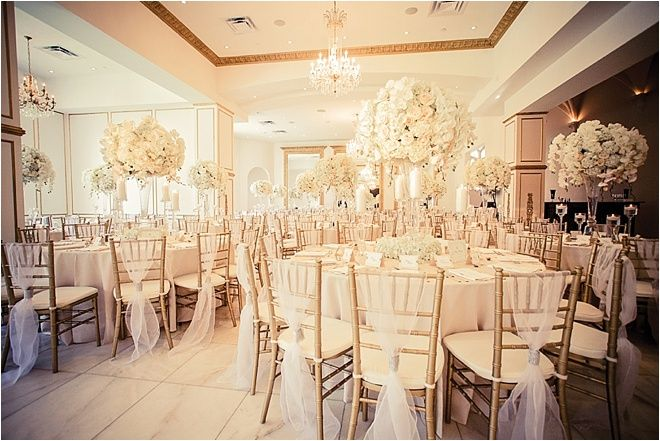 Stunning all white wedding venue chateau cocomar decor stunning all white wedding venue chateau cocomar decor flowers plants n petals photo select studios junglespirit Image collections