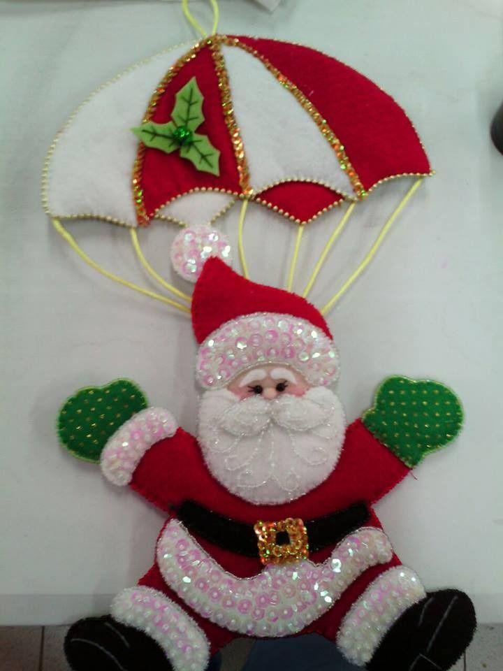 Sigue los moldes para poder hacer estos hermosos adornos colgantes navide os con paraca das yo - Adornos para fotos gratis ...