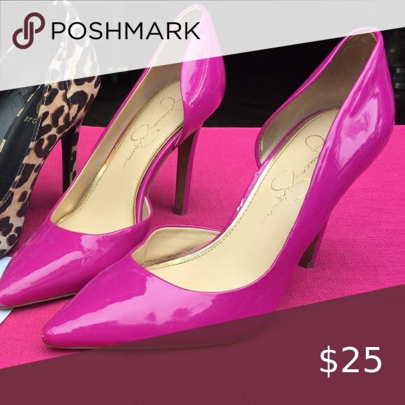 Jessica Simpson pink heels 👠 in 2020