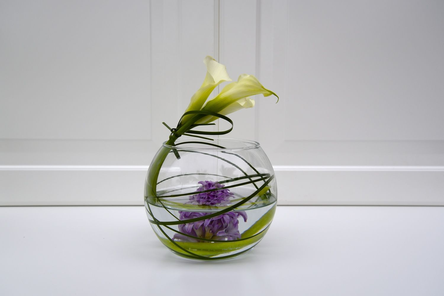 Calla Lily Centerpieces. Photography by Lucas Gile for more info go to www.inbloomarrangements.com