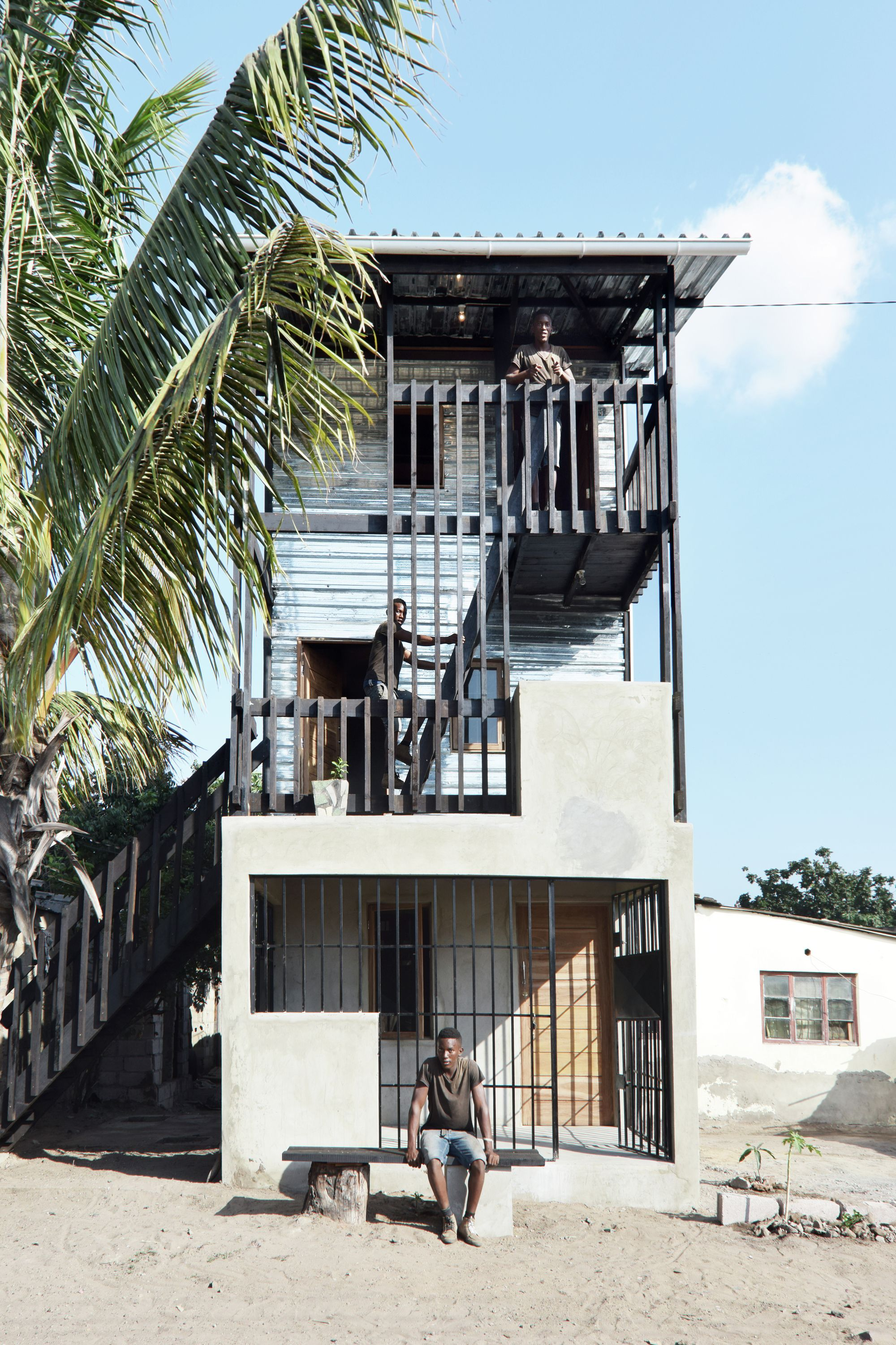 Royal Danish Academy Of Fine Arts Designs Low Income Housing Prototypes In Mozambique Architecture Low Cost Housing Architecture Exterior
